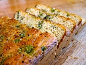 Paleo Cauliflower Pesto Bread