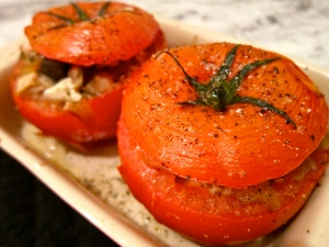 Chicken, Mushroom stuffed tomatoes